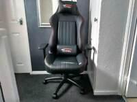 GT omega EVO XL racing chair