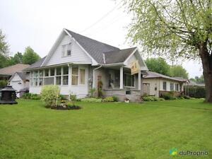 179 000$ - Maison à un étage et demi à vendre à Granby