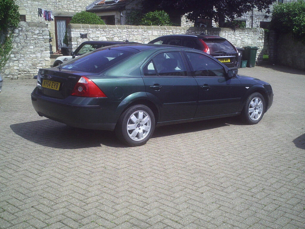 Ford Mondeo 2.0 Zetec 12 Months MOT no advisories Service History Spare Key