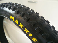 "Maxxis 26"" tyres DH / downhill"