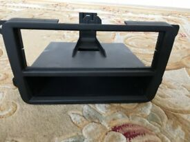 Volkswagen VW Golf stereo single din insert and tray