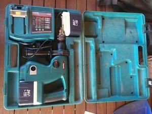 Makita Hammer Drill Carramar Wanneroo Area Preview