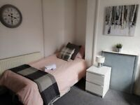 Rooms to rent in Walsall houseshare close to the town centre Ideal for both long & short term rental