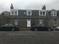 Double room available in a newly decorated 3 bedroom top floor flat
