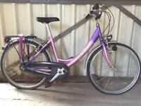 SERVICED LADIES CITY BIKE - FREE DELIVERY TO OXFORD!