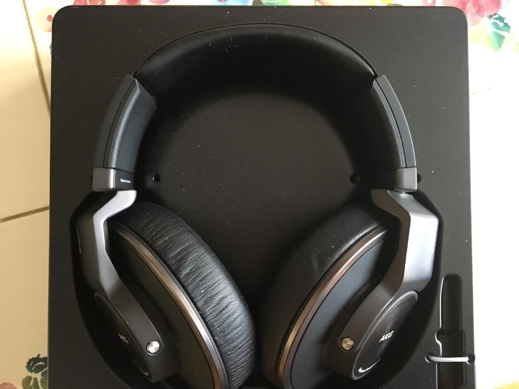 AKG K550 MKII Headphones