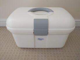 Johnson's baby box