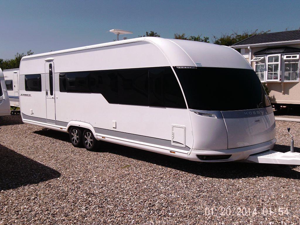 hobby 700 uk premium 2012 touring caravan in driffield. Black Bedroom Furniture Sets. Home Design Ideas