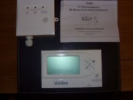 VOKERA 711 PROGRAMMABLE MODULATING ROOM THERMOSTAT . BRAND NEW.