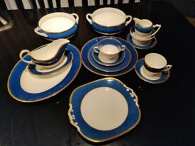 Coalport Athlone Blue bone china 10-place dinner service