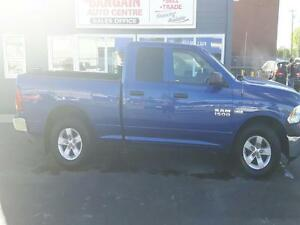 2015 Dodge Ram 1500 4x4 ''WE FINANCE EVERYONE''