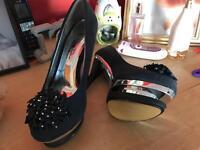Size 5 ladies shoes / heels