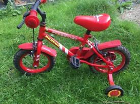 Bike with stabilisers - USED