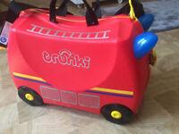 Fire engine Trunki