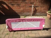 Tomy bed side safety rail pink