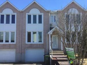 219 000$ - Maison en rangée / de ville à vendre à St-Hyacinth