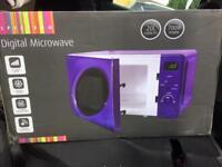 Dunelm spectrum digital microwave 20L capacity 700W power