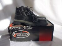 New and Boxed Mens Black Safety Work Boots Size 8 or 11