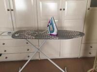 Iron & Ironing board Philips