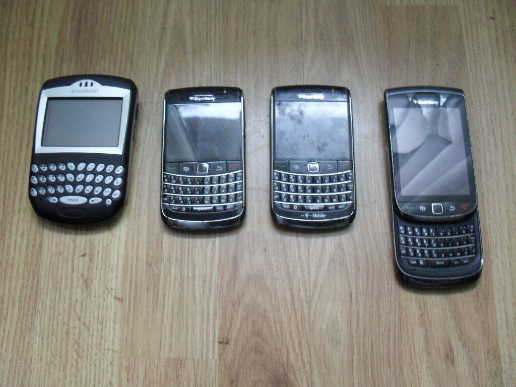 4 X FAULTY BLKACKBERRY PHONES FOR SPARES
