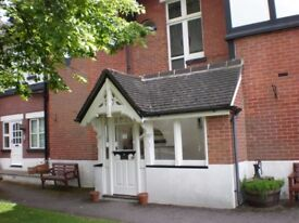 A Lovely second floor Two bed flat in Penn Hill Ave, Poole.( NO LONGER VACANT)