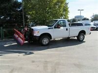 2015 Ford F-250 reg cab gas  4x4 new 8 ft plow