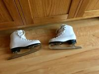 Girls Ice Skating Boots Leather White.