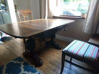 Titchmarsh & Goodwin dining table; solid oak drop leaf