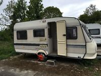 Hobby Classic Caravan - 4 Berth - Excellent Condition - Private sale near Selby