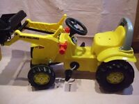 ROLLY TOYS NEW HOLLAND DIGGER DUMPER TRACTOR For 3 Years Plus. UNUSED.