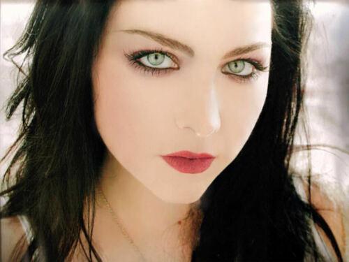 Evanescence - Amy Lee  - 8x10 photo - beautiful #2