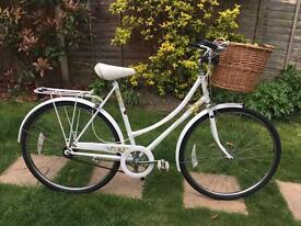 LADIES VINTAGE 3 SPEED RALEIGH CAPRICE BIKE WITH WICKER BASKET LIKE PASHLEY