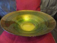DECORATIVE GLASS DISH / FRUIT BOWL