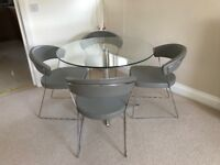 Dining Table With 4 Calligaris Leather Chairs For Sale