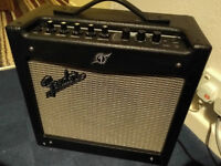 """Fender Mustang I V2 , 1x8"""" Modelling Amp Combo Digital Modelling Amp with effects and more!"""