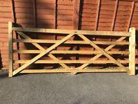 10ft 5 bar wooden gate