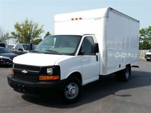 2009 Chevrolet Express 14' CUBE/BOX TRUCK-REAR HEATER-P/W-P/L-CC