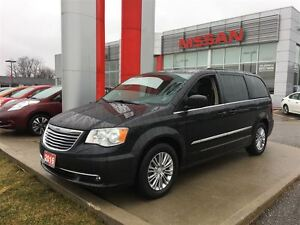 2016 Chrysler Town & Country Touring-Leather, remote start, powe