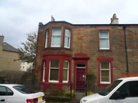 MOAT STREET - Well presented upper villa located in popular area, close to the city centre via bus