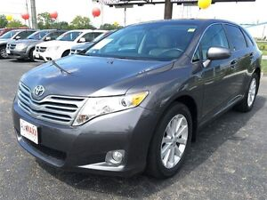 2012 TOYOTA VENZA BASE AWD- SUNROOF, HEATED SEATS, CRUISE CONTRO