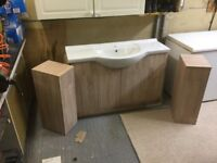 For sale BRAND NEW bathroom sink and furniture