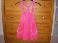 H&M Pink needlecord pinafore dress Euro 12 - US 6-7 years