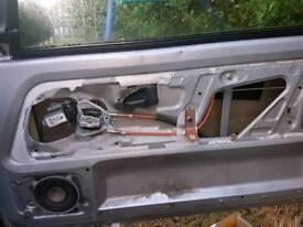 PEUGEOT 106 / CITROEN SAXO 3 DOOR ELECTRIC WINDOW MOTOR REGULATOR R/H/S