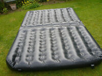 INFLATABLE MATTRESS/COUCH