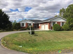 $264,900 - Bungalow for sale in Iroquois