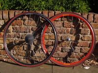 Campagnolo wheelset Mavic rims 700c Michelin Tires
