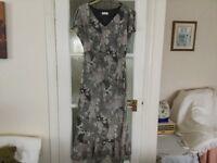 Long dress Easy care Non Iron Size 14
