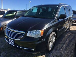 2016 Chrysler Town & Country TOURING w/ LEATHER, POWER SLIDING D