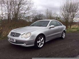 Mercedes-Benz CLK320 **72000 MILES**12 MONTHS MOT**STUNNING THROUGHOUT**MUST BE SEEN