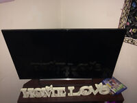 Superlight 42 inch Sony TV- Broken screen- easy fix.